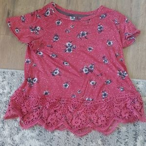 Red flower top